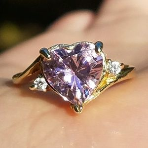 10k Solid Yellow Gold Pink Topaz Heart Ring